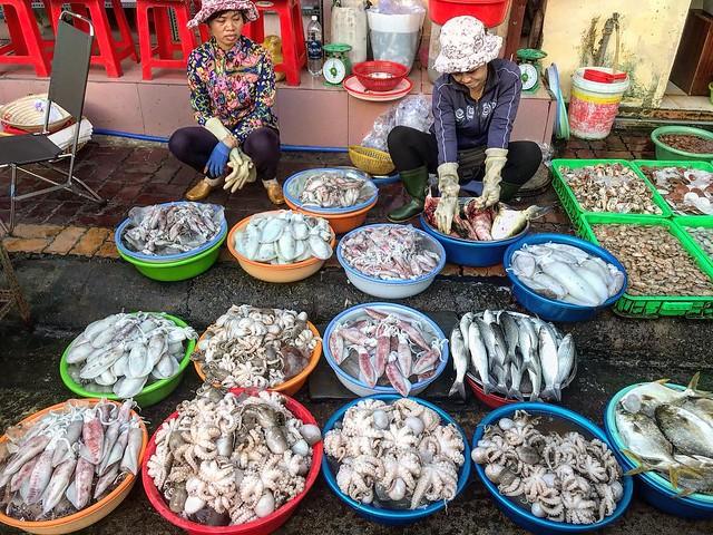 Phượt Vũng Tàu – Kinh nghiệm mua hải sản chợ Xóm Lưới (7)