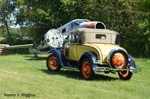 The Fall Psycho Silo Saloon Car & Truck Show.  Langley,  Illinois.  2019. APDSC_0158