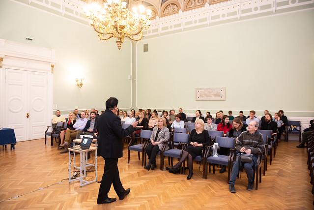 Atvērtā lekcija ''Demokrātijas atjaunošana - ceļojums apkārt pasaulei''