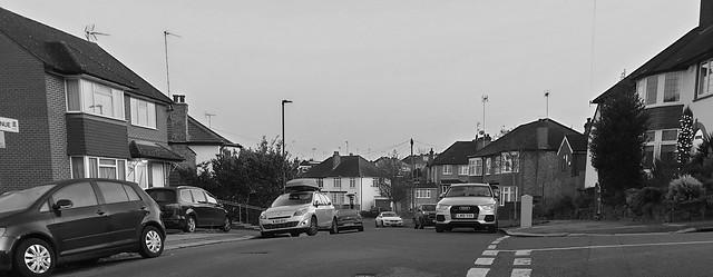 East Barnet, Rosslyn Avenue