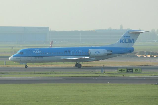 KLM Cityhopper Fokker 70 PH-KZI