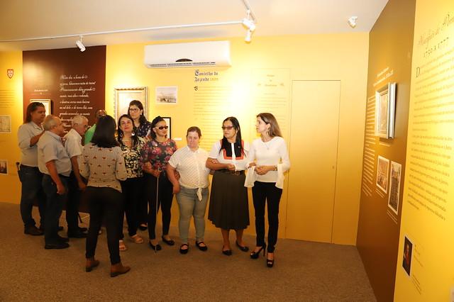Representantes do Instituto São Rafael fazem avaliação piloto do projeto de audiodescrição da Casa dos Contos