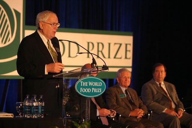 Presiding at 2007 World Food Prize Borlaug Dialogue Symposium