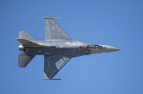 F-16 Falcon Demo Pass