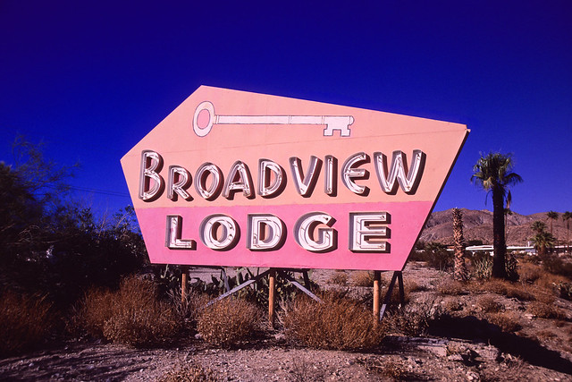 broadview (gold-n-blue). desert hot springs, ca. 2019.