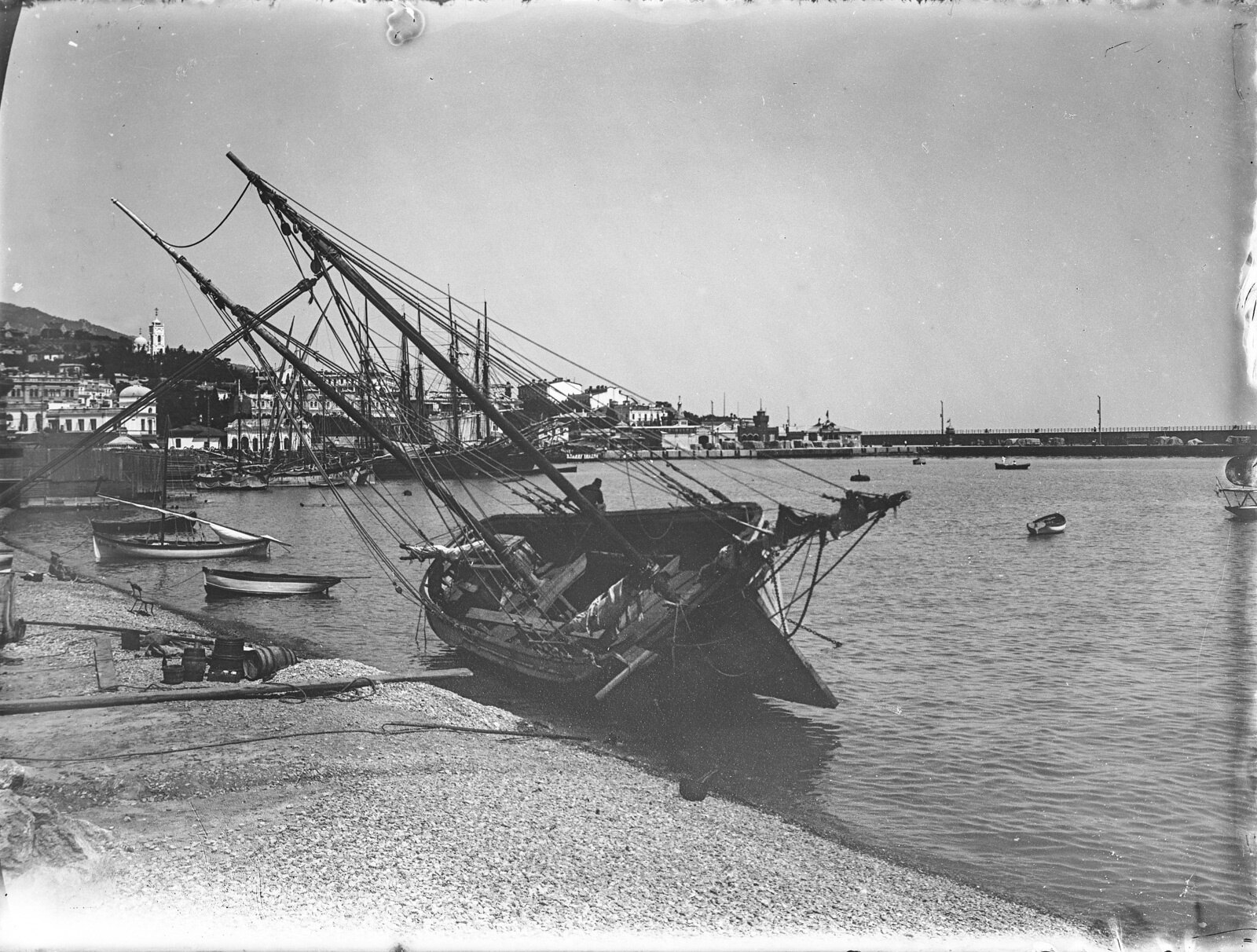 32. Ялтинский порт