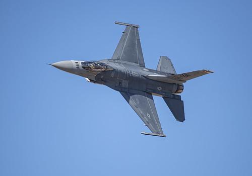 F-16 Falcon Yawing Left
