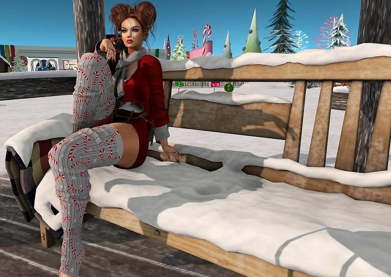 2019 SL Christmas Expo Exclusive Item - Ari-Pari Candy & Stars Leg Warmers