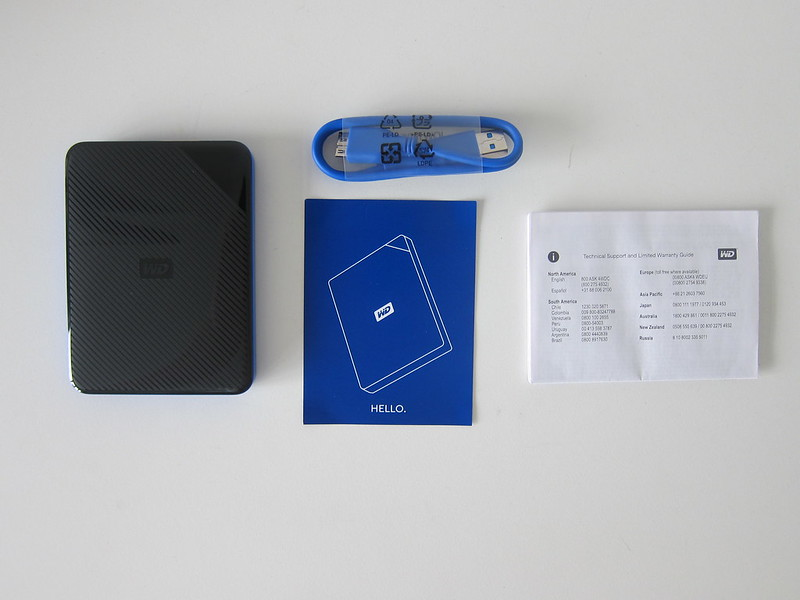 Western Digital 2TB Gaming Drive For PS4 - Box Contents