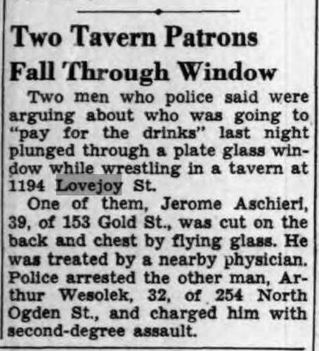 fight-at-tavern-1945