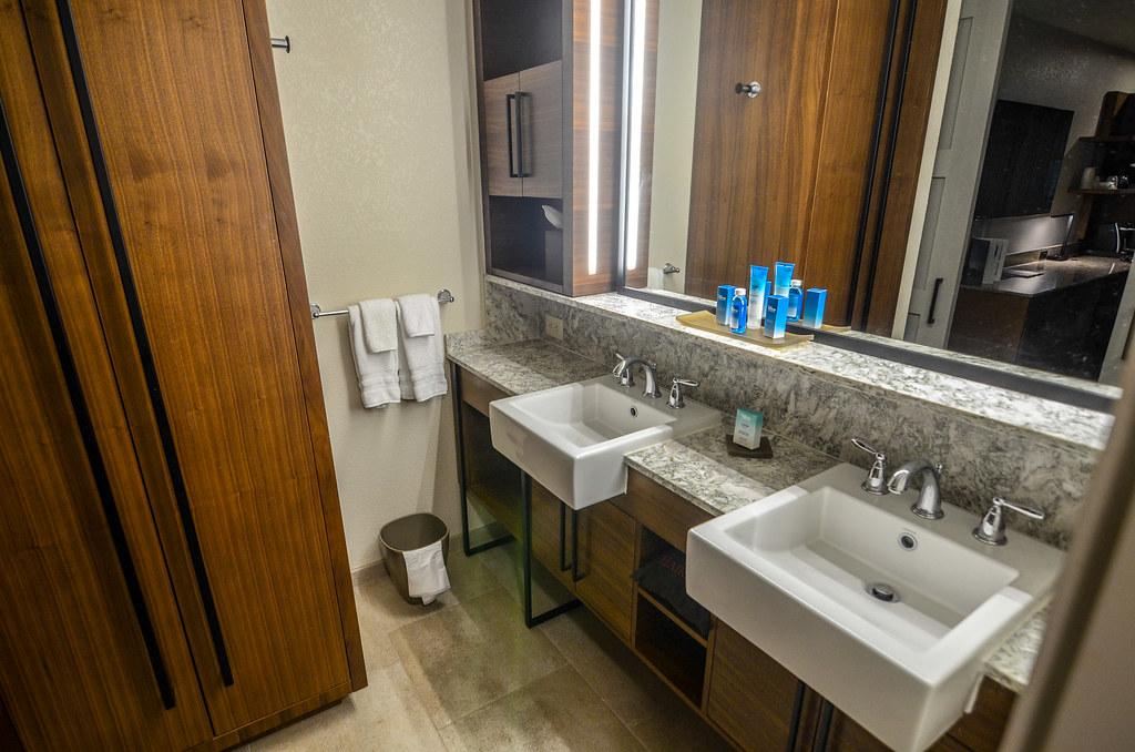 Coronado sinks