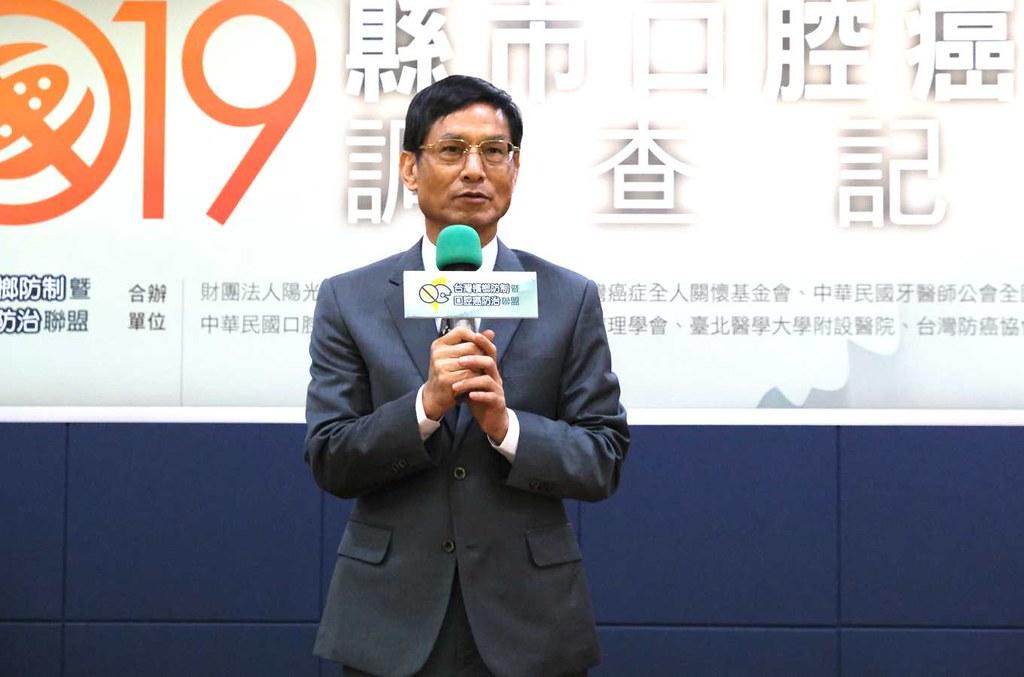 行政院政務委員林萬億宣示,檳榔將走向「三要政策」:要宣導、要輔導、要防治。(攝影/林珮君)