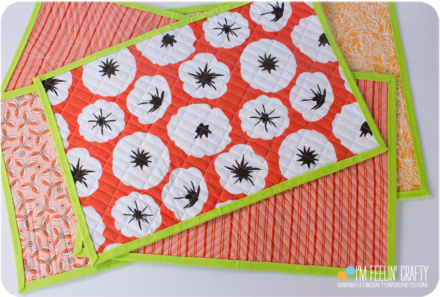 ThanksgivingNapkins-Back-ImFeelinCrafty