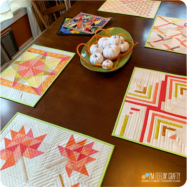 ThanksgivingNapkins-Table-ImFeelinCrafty