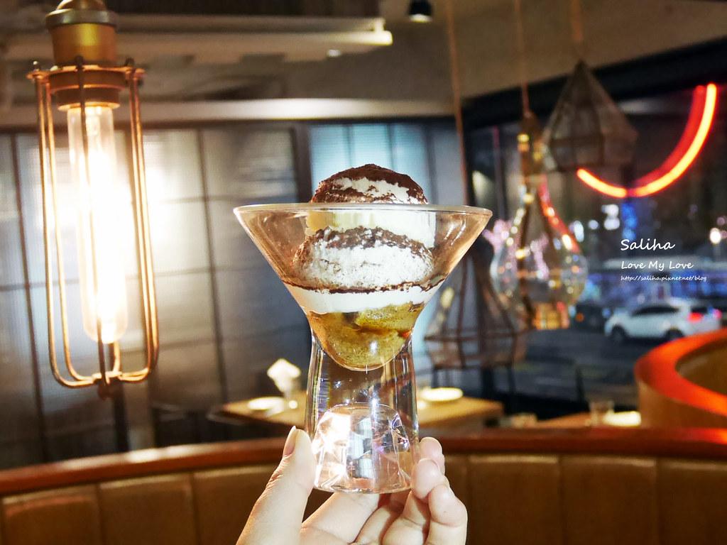 台北東區飯BAR MINI忠孝店現作甜點表演好吃提拉米蘇 (5)