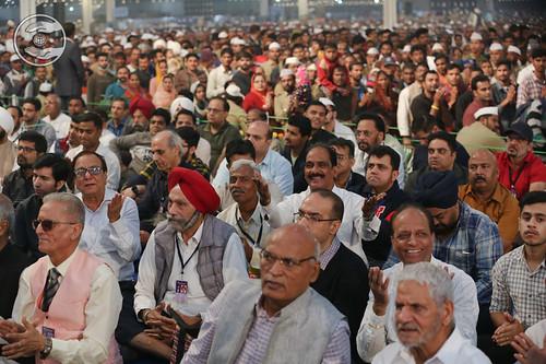 Devotees enjoying the Samagam