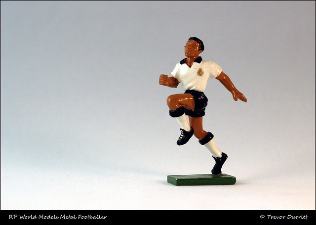 RP World Metal Footballer 7 IMG_4798 Canon EOS 600D + Helios 58mm 44M-2