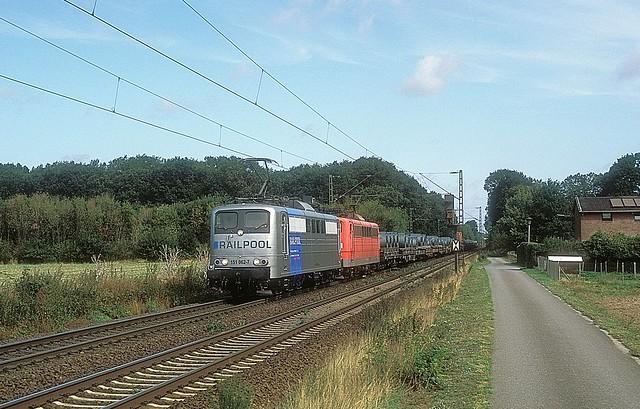 151 062 + 148 bei Meerbusch - Bösinghoven  20.08.19