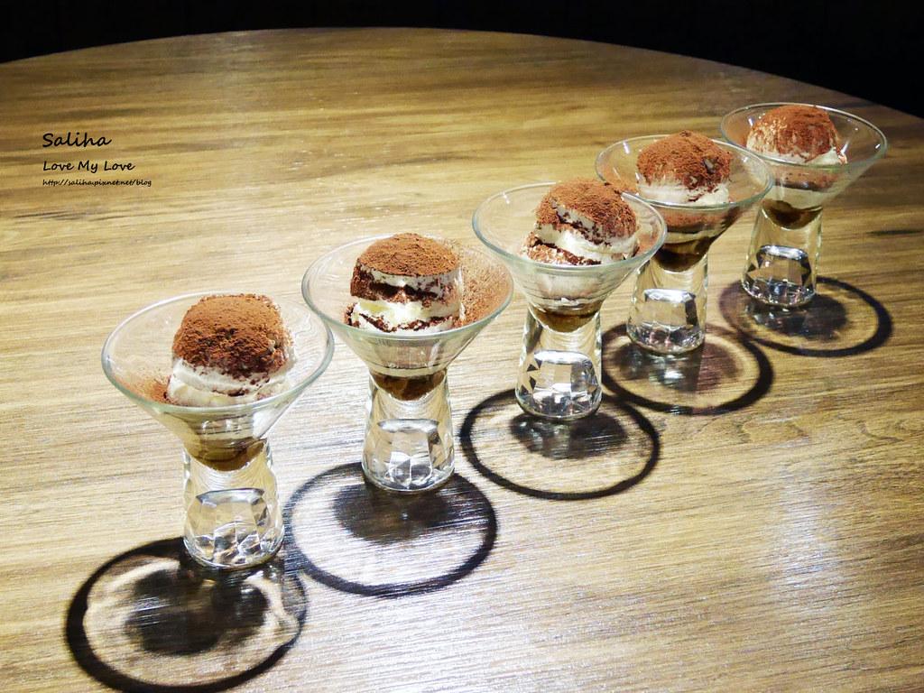 台北東區飯BAR MINI忠孝店現作甜點表演好吃提拉米蘇 (4)