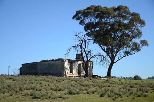 DSC_0582 farmhouse ruin, Woolshed Flat Road, 200m northwest of Milne Road, Rhynie, South Australia