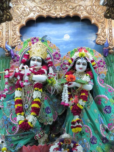 ISKCON Vallabh Vidyanagar Deity Darshan 05 Dec 2019