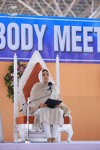 Satguru Mata Ji blessing the Members of General Body
