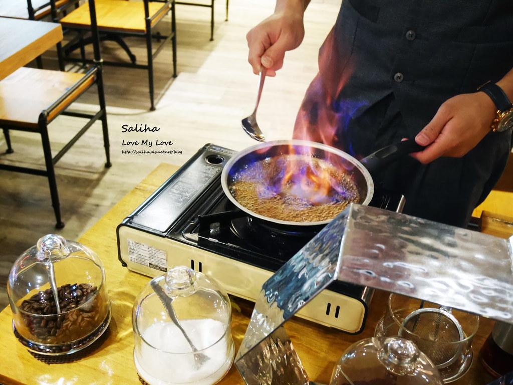 台北東區飯BAR MINI忠孝店現作甜點表演好吃提拉米蘇 (2)