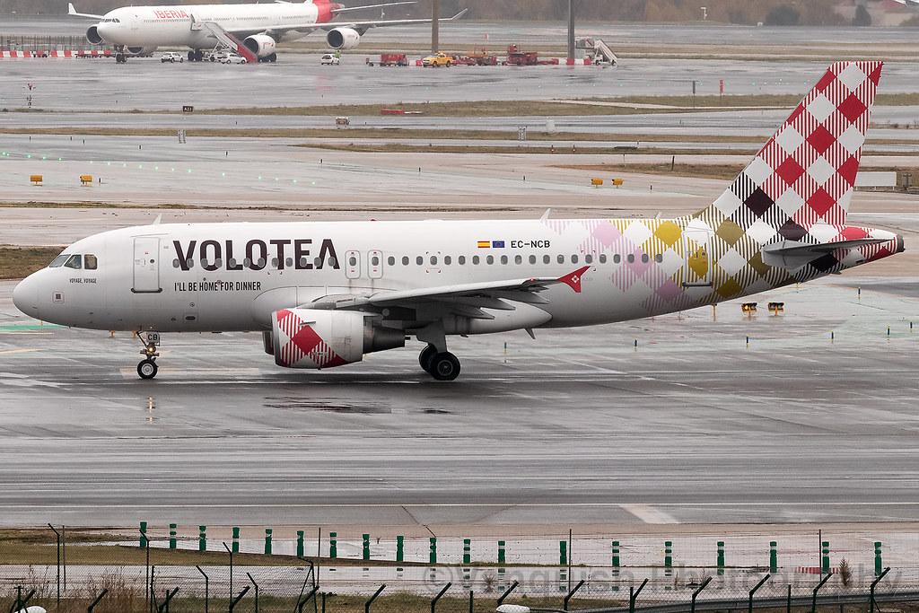 EC-NCB Volotea A319 Madrid Barajas