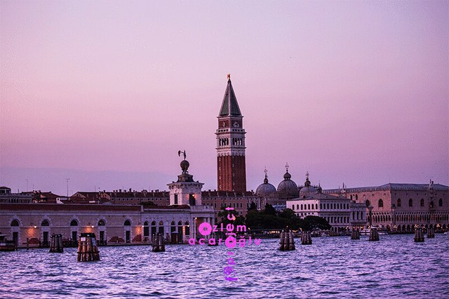 Pink hours in Venice, historical smybols of Italy....