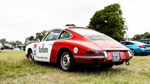 Marlboro Porsche 911
