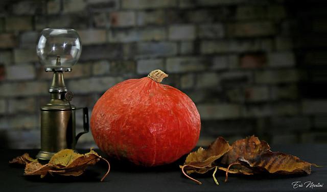 Pumpkin with lamp