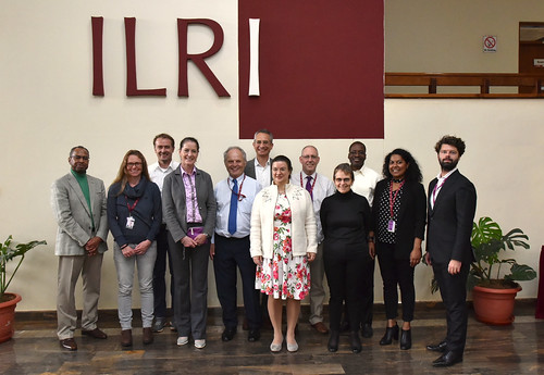 Visit to ILRI by Nairobi-based diplomatic missions: group photo