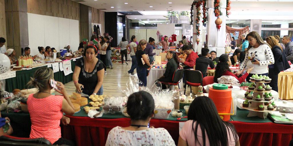 Feria Navideña de la cancilleria abre con la participaciónde 58 trabajadores emprendedores