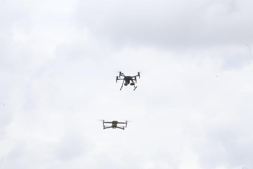 Entrega De 105 Drones, 01 Anti-Drone E 50 Bicicletas Elétricas