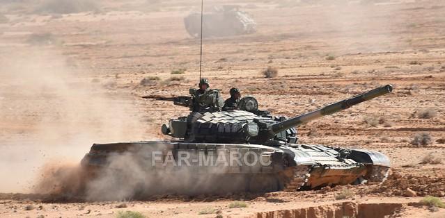 Chars T-72B/BK MArocains // Moroccan Army T-72B/BK Tanks 49174125362_b0400a832d_z