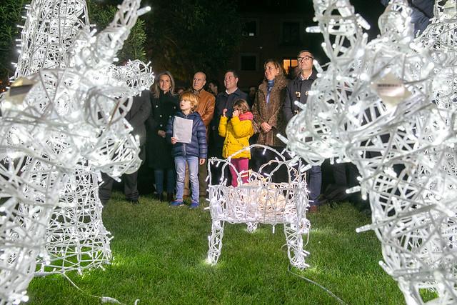 Inauguración del iluminado navideño en los jardines del Taller del Moro