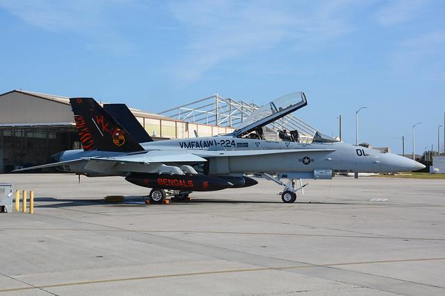164967 McDonnell Douglas FA18D Hornet KNBC 02-11-16