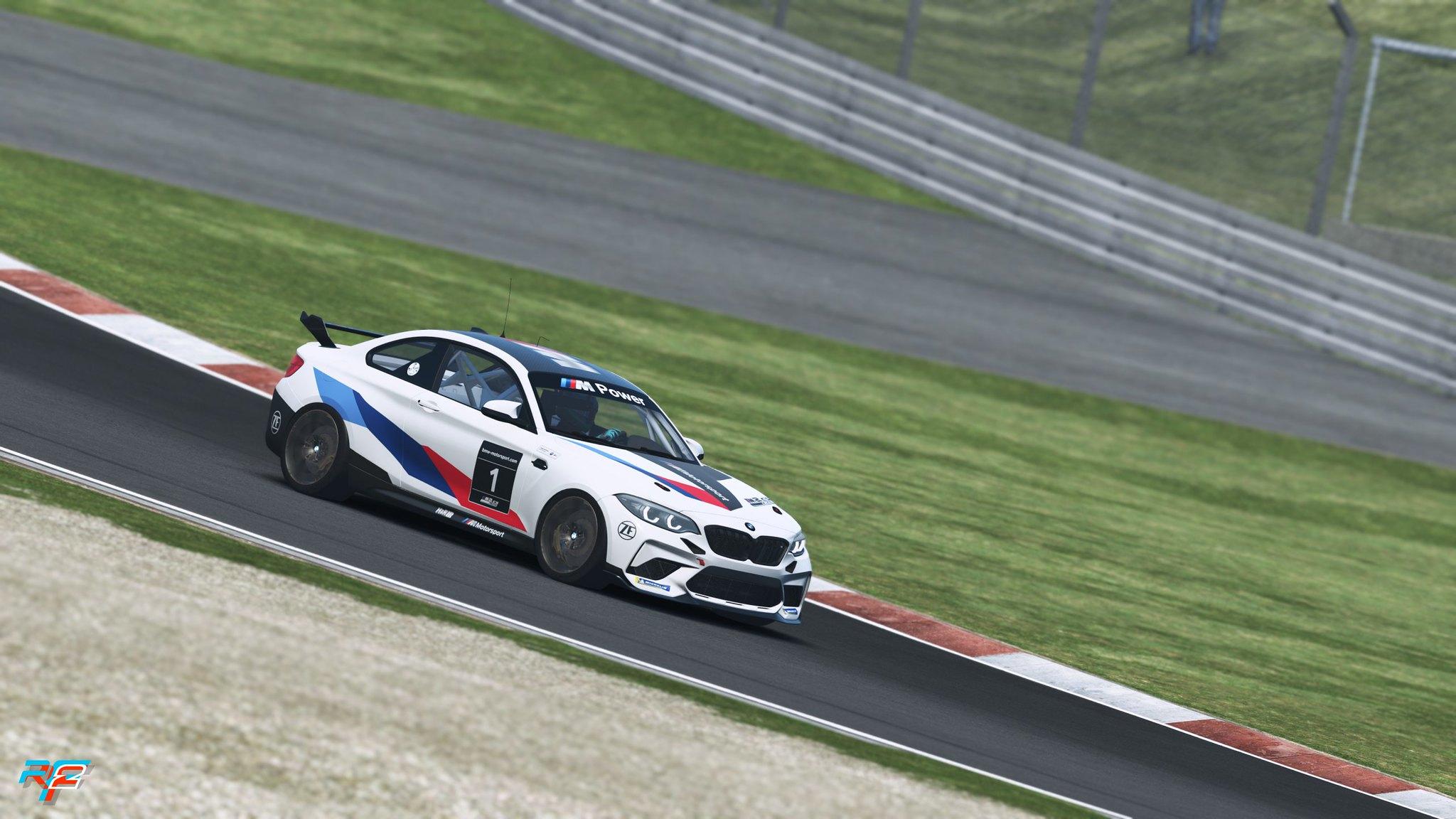 BMW_M2_2020_screenshot_04-scaled