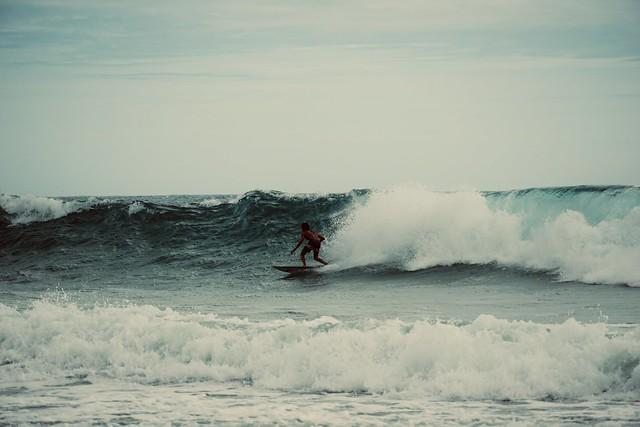 Surfer @ Arugam Bay Sri Lanka