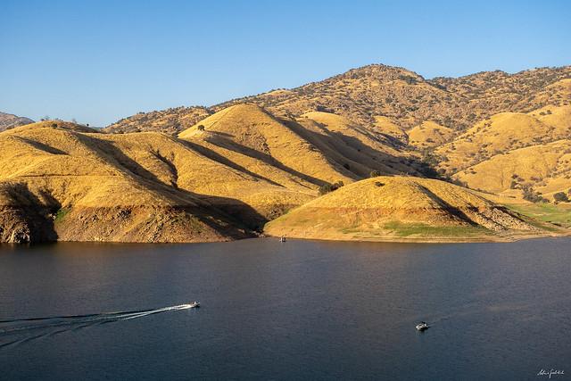 evening boat trip on Lake Kaweah