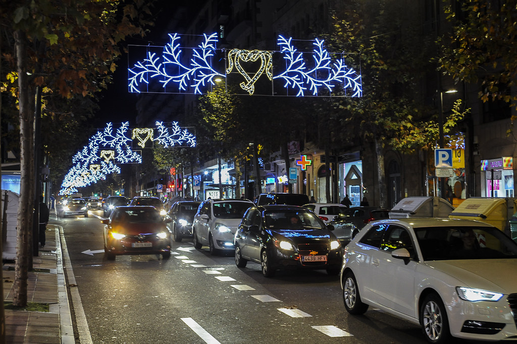 Luces de Navidad, iluminación navideña.  (18)