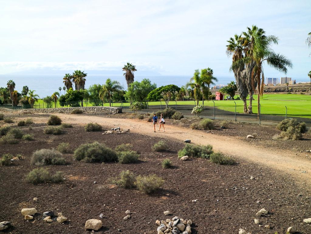 Sendero a pie a la playa de Diego Hernández en Tenerife