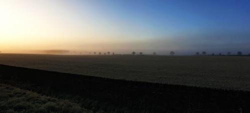 sunrise oxfordshire samsungs9 fog england englishcountryside sun