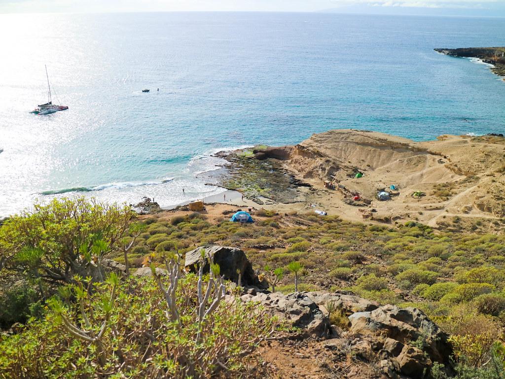 Vista de la playa de Diego Hernández desde el sendero