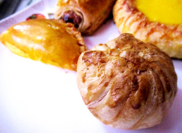Sio pao, curry puff and the rest