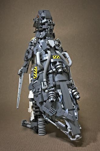 LEGO-Mecha-Penguin-Mk3-03