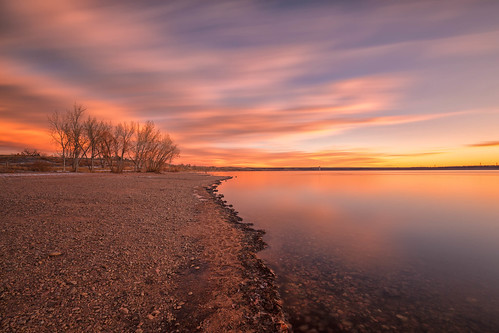 sunrise dawn daybreak landscape clouds lakechatfield chatfieldstatepark colorado le longexposure reflections
