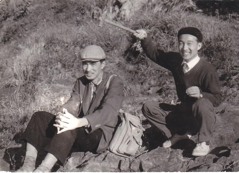 宮久三千年教授(1928-1983)(左)