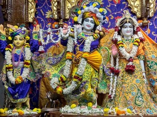 ISKCON Kolkata Deity Darshan 06 Dec 2019