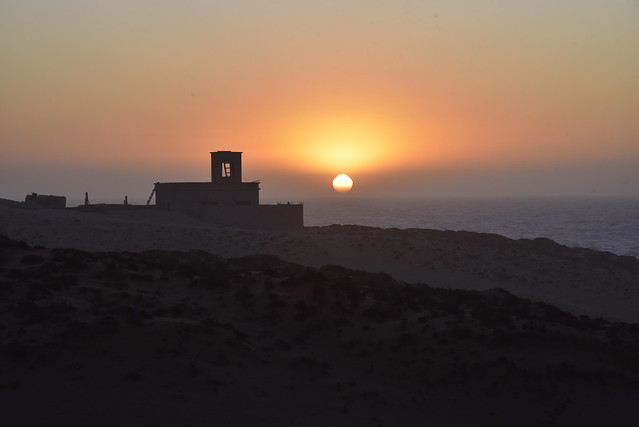 Unterwegs - Sonnenuntergang am Atlantik nördlich von Agadir; Marokko (907)